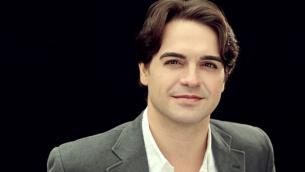 Il tenore Leonardo Caimi