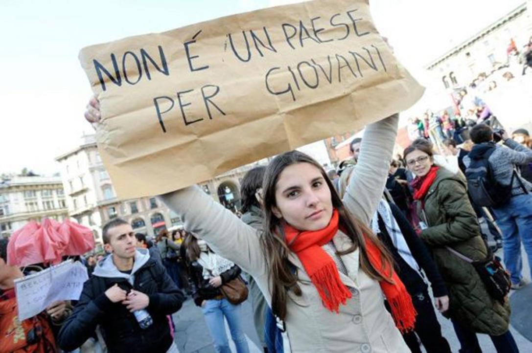 Lavoro, Cgia: in Italia operai e impiegati più anziani d'Europa