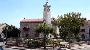 Soveria Mannelli, l'obelisco a Giuseppe Garibaldi