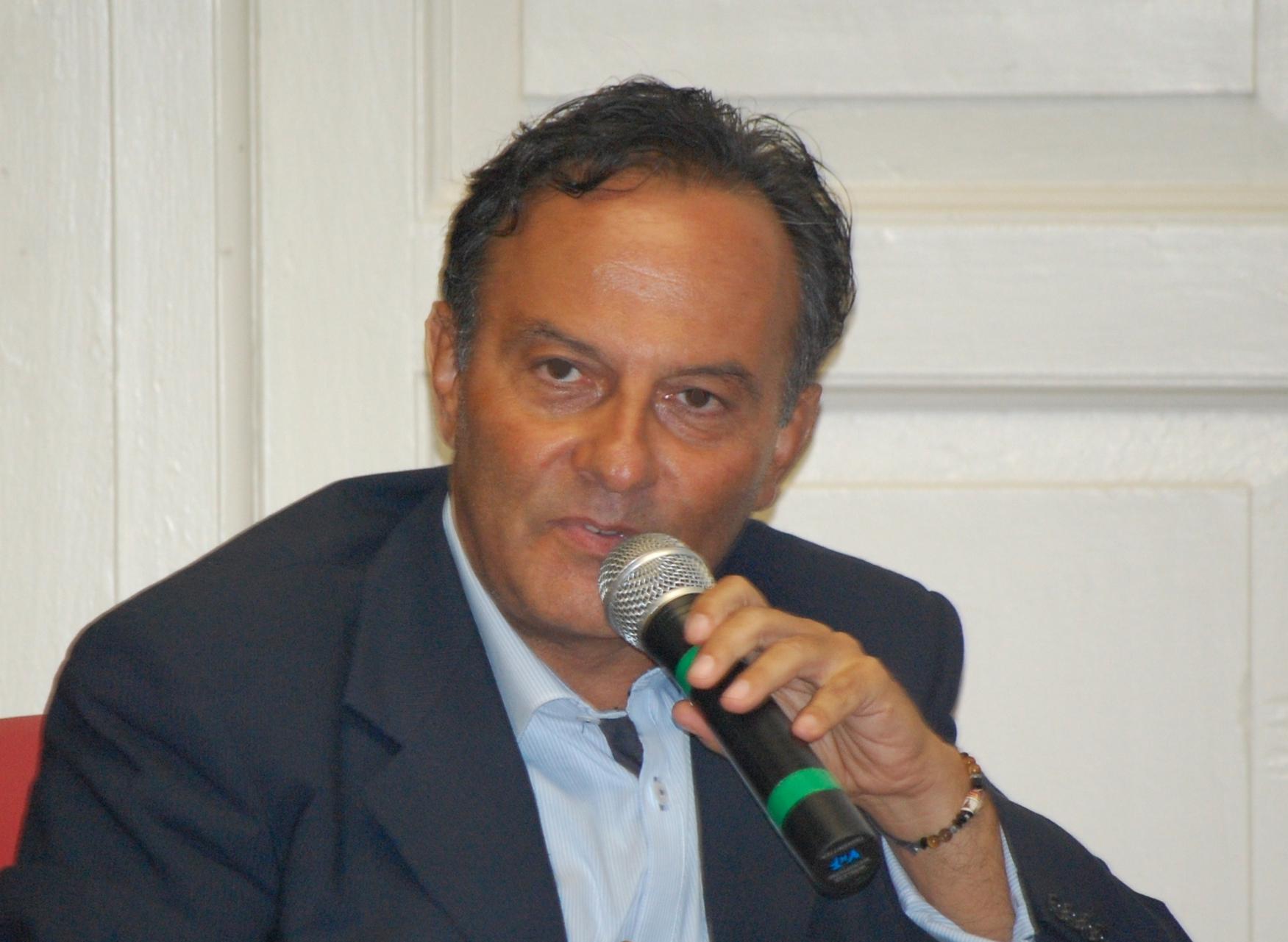 Il giornalista Antonio Cannone