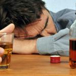 alcool-dipendenza-da-alcool-cause-e-fattori-di-rischio-e-possibili-ricadute-3