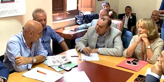 comunicato-stampa-il-sindaco-mundo-incontra-il-commissario-ad-acta-cotticelli