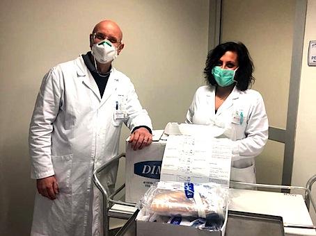 consegna-caschi-respiratori-20-03-2020-nalla-foto-gallucci-e-suriano
