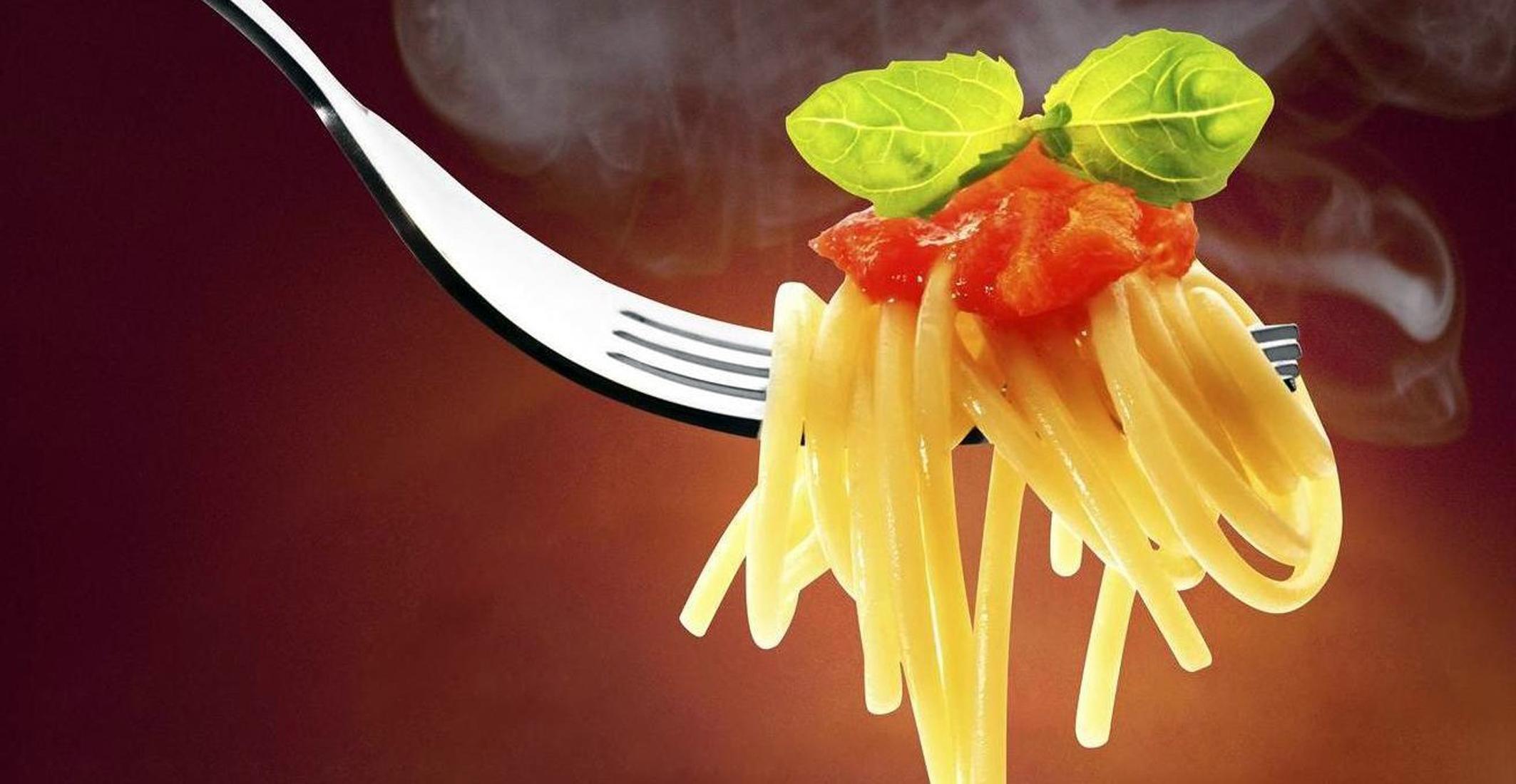 Copia-di-spaghetti-al-pomodoro-1312x679
