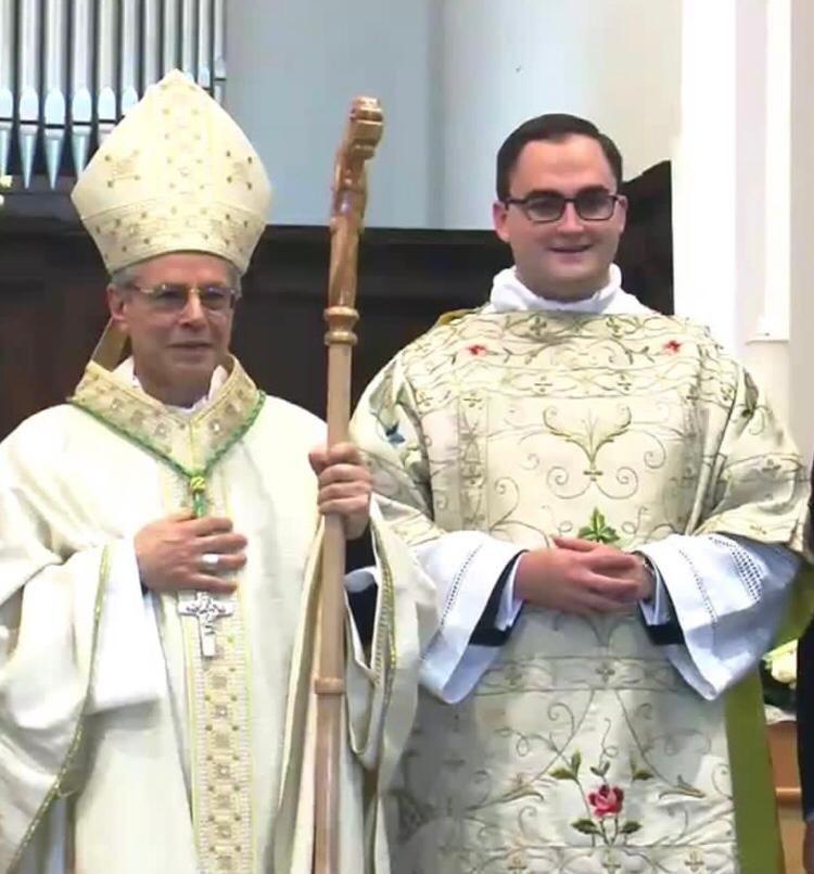 don-francesco-con-vescovo