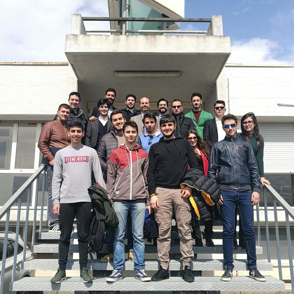 eccelleo-visita-alla-torre-di-controllo-dell_aeroporto-di-lamezia-organizzata-dal-leo-club_03gruppo