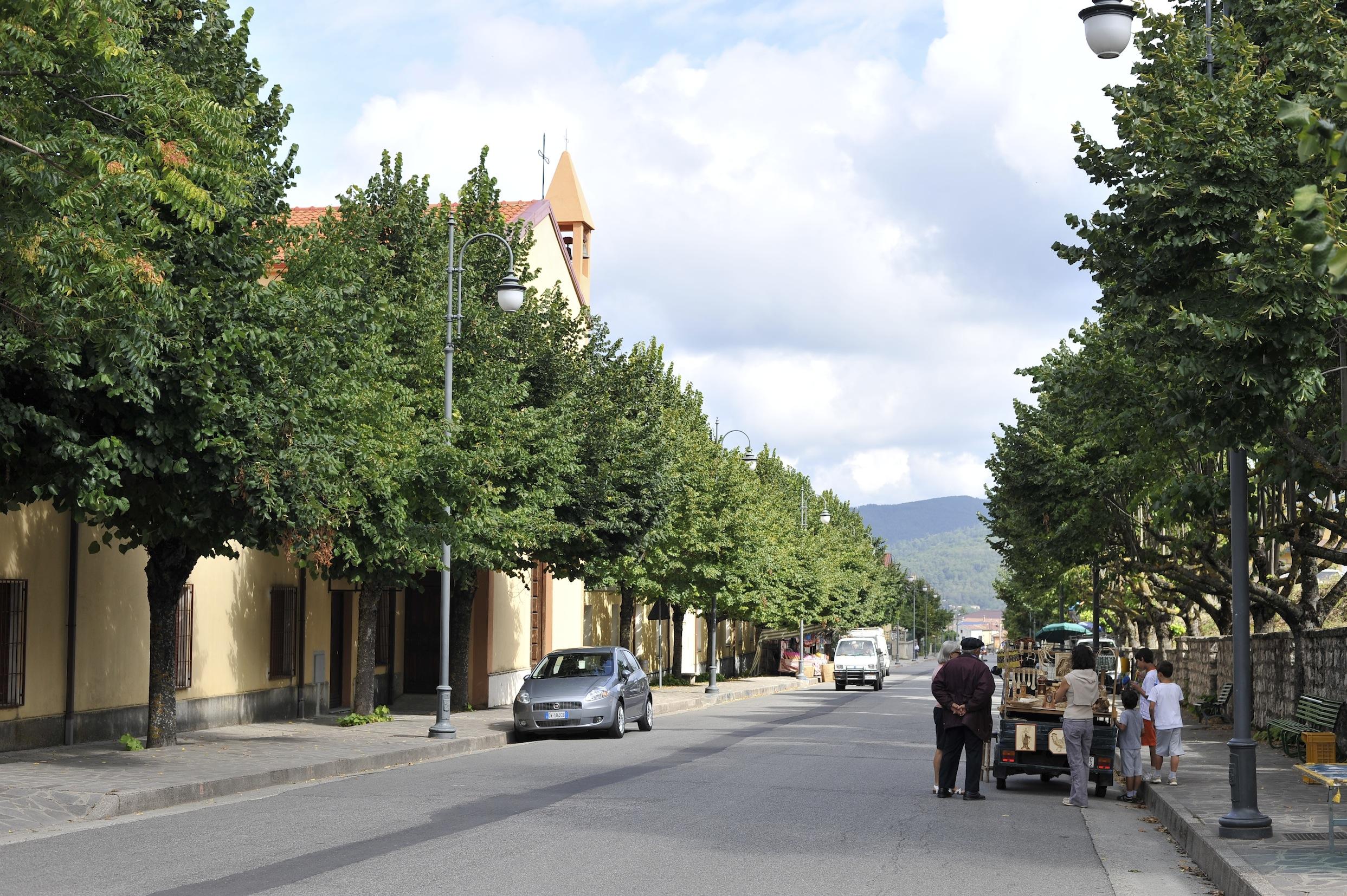 foto_centro_urbano_carlopoli