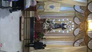 la-sacra-effige-di-santantonio-esposta-alla-venerazione-dei-fedeli