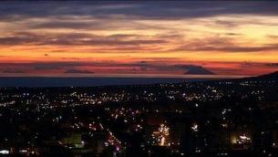 la-veduta-del-golfo-di-santeufemia-al-tramonto