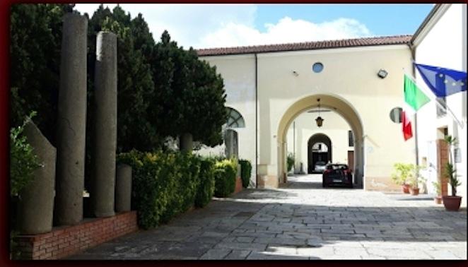 museo-statale-di-mileto-cortile