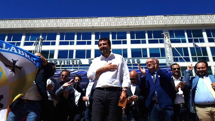 Salvini,spaghetti e mafia? Col ca...,faremo vedere chi siamo