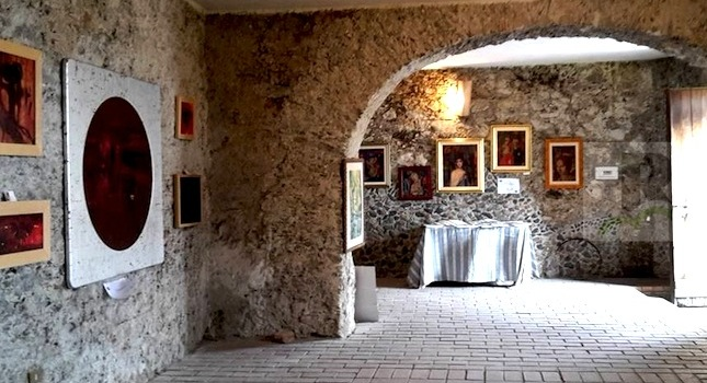 san-pietro-apostolo-interno-palazzo-mazza-foto