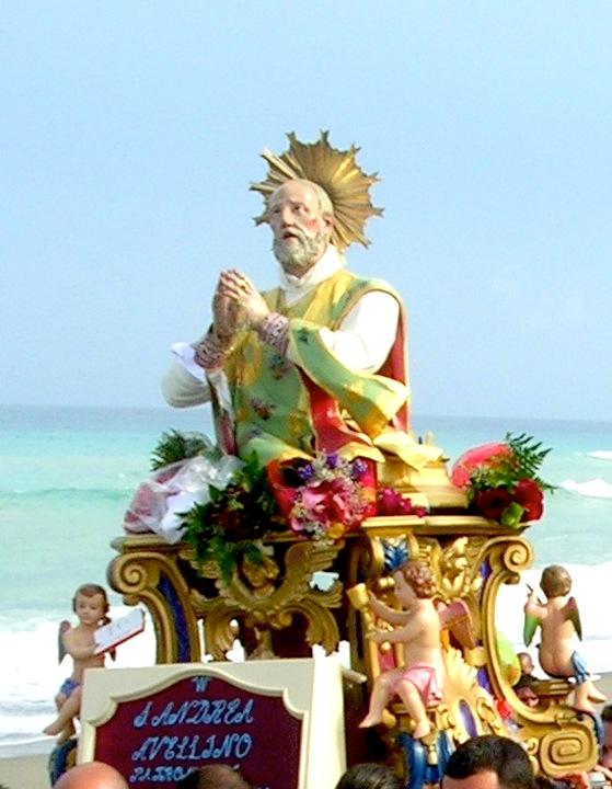 santandrea-avellino-in-processione