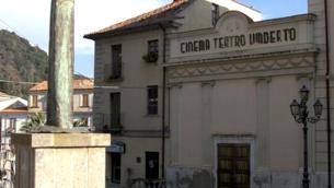 Teatro Umberto Esterno