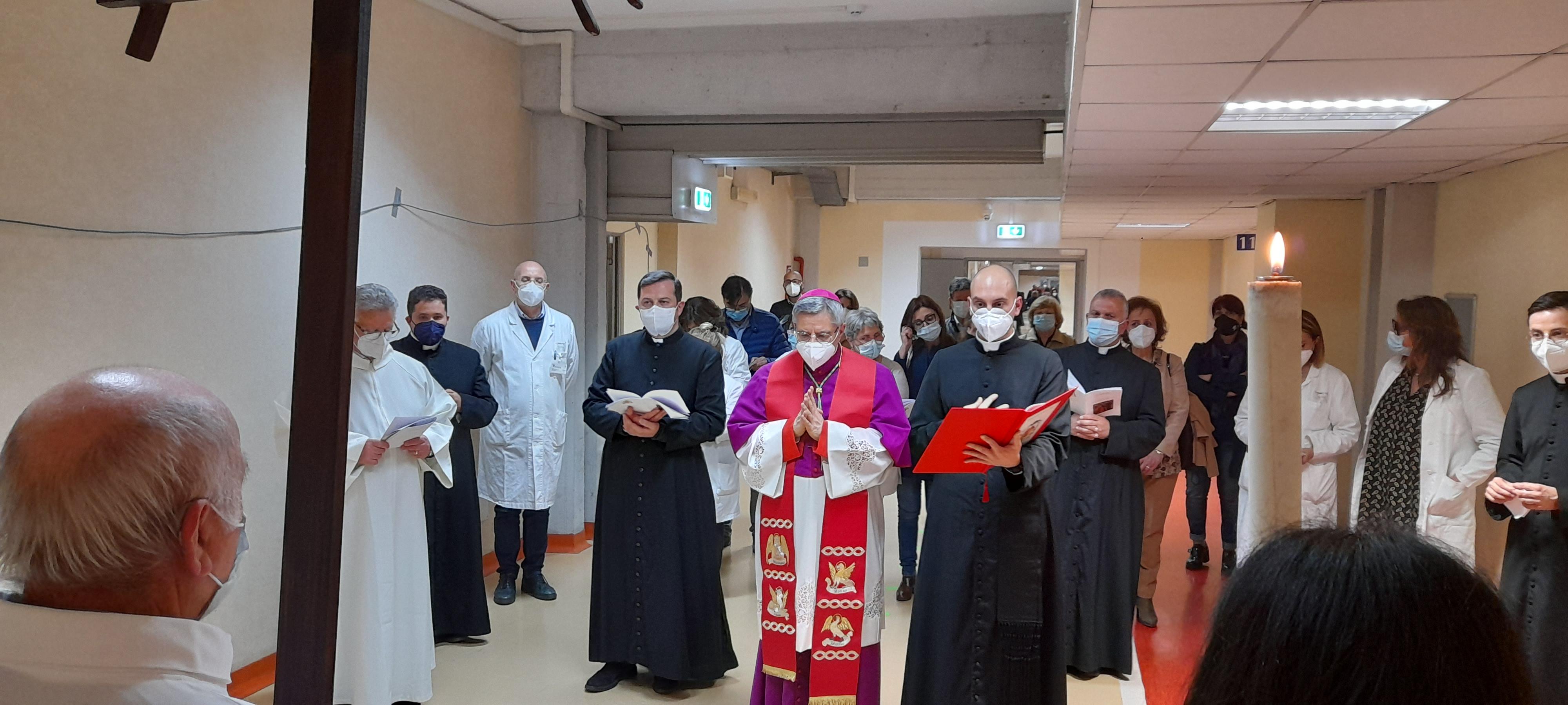 via-crucis-ospedale-giovanni-paolo-ii-lamezia