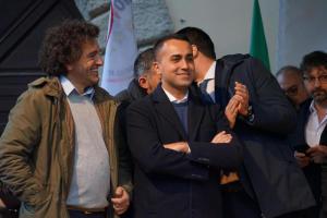 Francesco Aiello e Di Maio sul palco