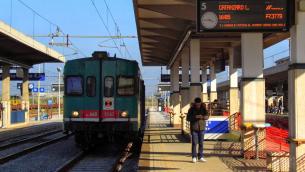 binari-stazione-lamezia