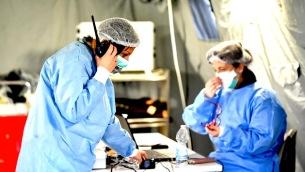 Tenda per la triage allestita all'ospedale di Cremona per gestire l'emergenza coronavirusTenda per la triage allestita all'ospedale di Cremona per gestire l'emergenza coronavirus