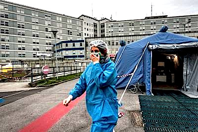 coronavirus_italia_ospedale_medico_tenda_fg