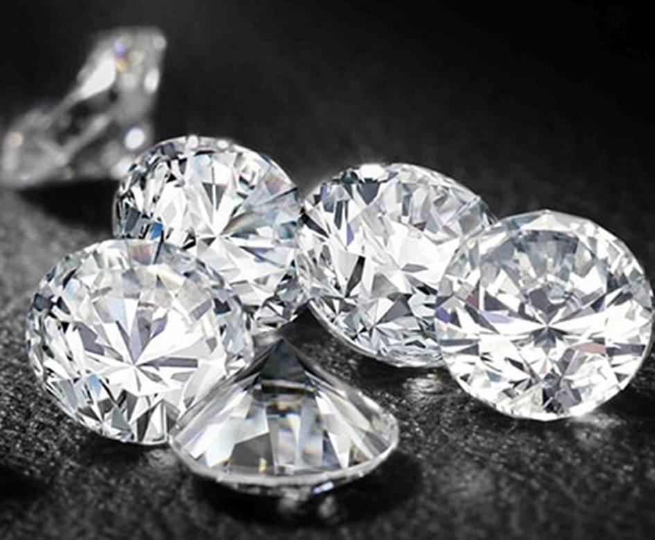 Vendita di diamanti a imprese e banche: multate 4 big italiane