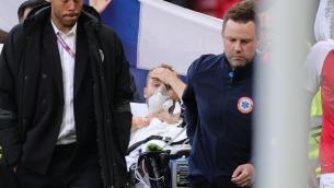 Dramma Eriksen, massaggio cardiaco in campo