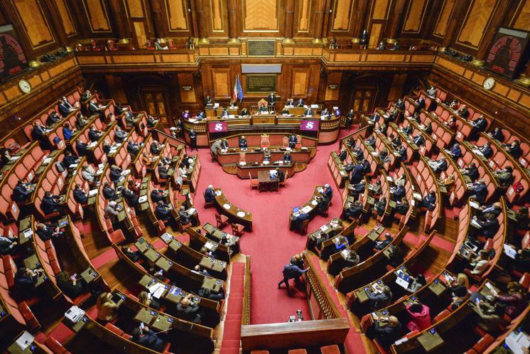 Green pass obbligatorio, via libera definitivo al decreto