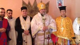 Da sinistra nella foto padre Giuseppe Contarino, monsignor Ortenzi, al centro Alessandro I (al secolo Alessandro Meluzzi), monsignor Athanasio (al secolo Francesco Rizzuti) eparca del Sud Italia.