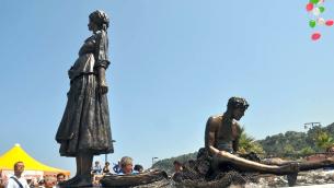 Il Monumento al Pescatore, opera dell'artista Achille Cofano