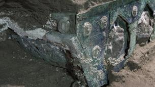 Pompei, nuova scoperta: ritrovato grande carro cerimoniale