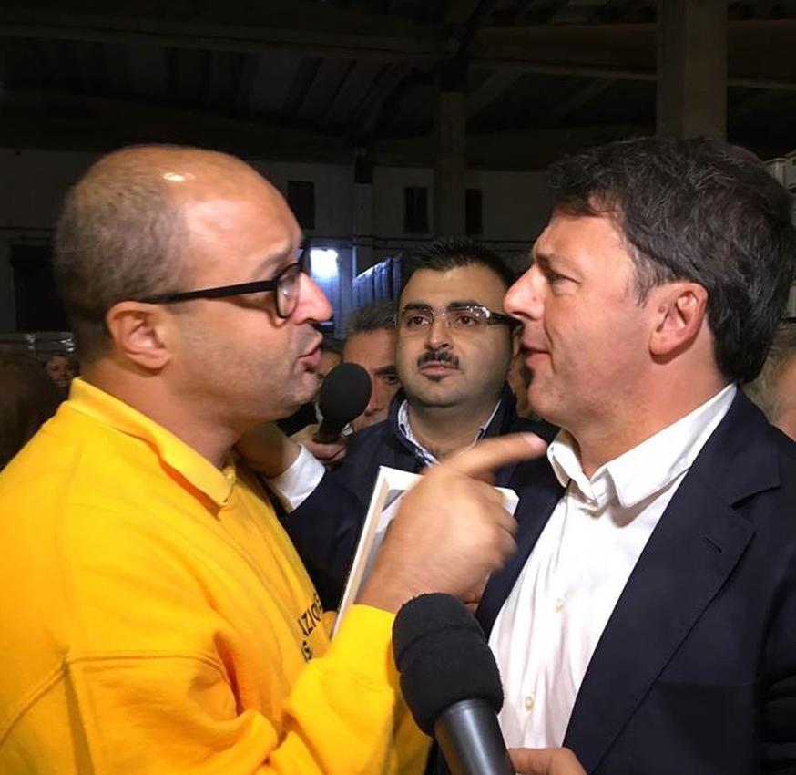 Matteo Renzi, comizio in chiesa a Paestum. Ira del parroco:
