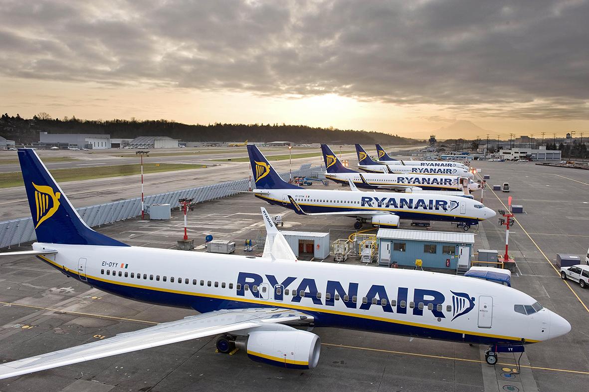 Ryanair, bonus di 12mila euro ai piloti che rinunciano alle ferie