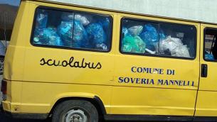 scuola-bus-rifiuti
