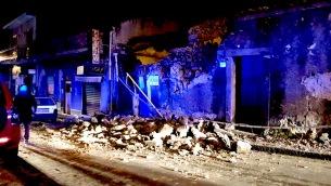 Etna: terremoto magnitudo 4.8 a nord Catania, danni e feriti