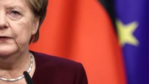 Vaccini, revoca brevetti: da Merkel a Pfizer, chi dice no