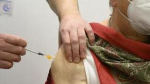 Vaccino covid Lazio over 70, oggi al via le prenotazioni