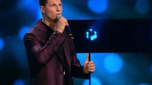 X Factor, un italiano (in)canta in Romania: chi è Nick Casciaro - Video